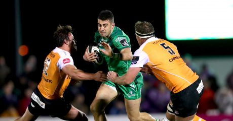 Tiernan O'Halloran signs two-year extension with Connacht