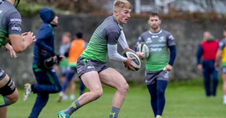Academy players Fitzgerald and De Buitléar named in Connacht squad to face Bordeaux